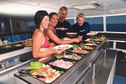 Great Barrier Reef Day Trip - Lunch on board Tusa